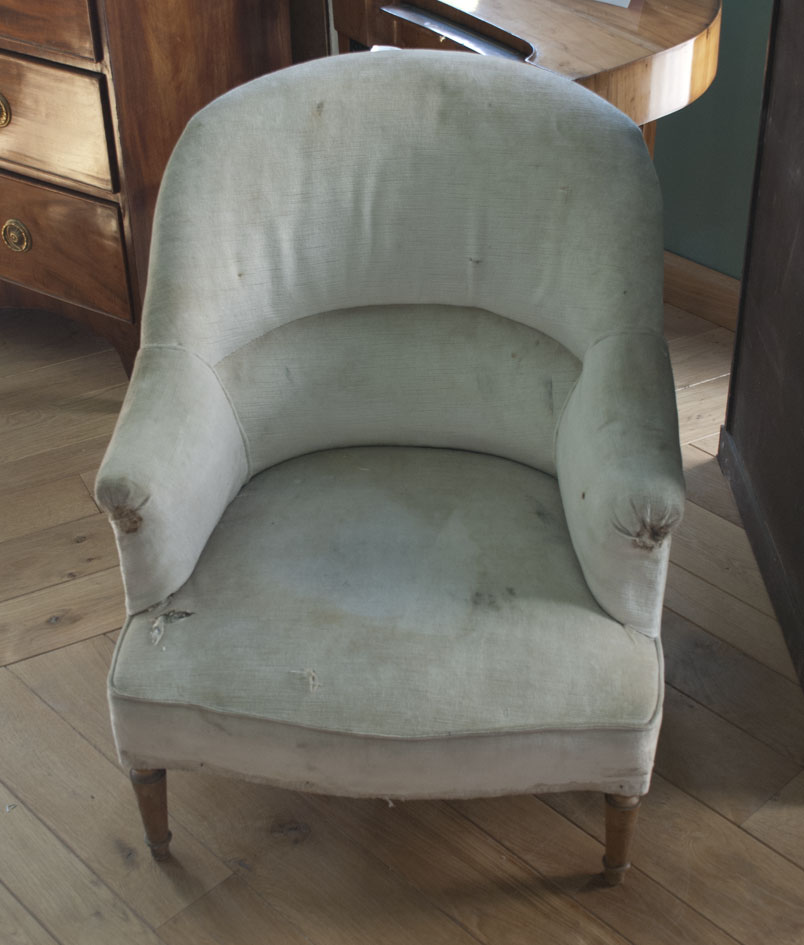 Le temps retrouv restaurations - Restauration fauteuil crapaud ...